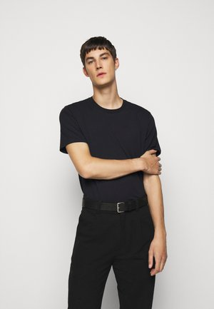 SILO TEE - Jednoduché triko - black