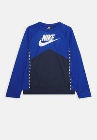 Nike Sportswear - CREW - Camiseta de manga larga - midnight navy/game royal/white - 0