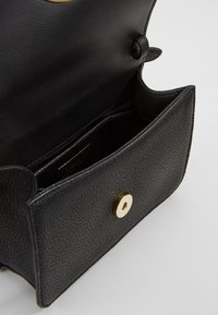 Lauren Ralph Lauren - CLASSIC MADISON - Bum bag - black - 4