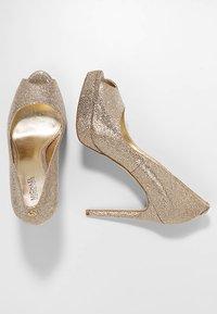 MICHAEL Michael Kors - ERIKA PLATFORM - Peeptoe heels - silver/sand - 3