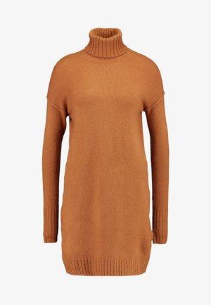 VMLUCI ROLLNECK DRESS - Jumper dress - tobacco brown