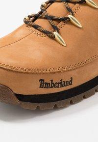 Timberland - EURO SPRINT - Šněrovací kotníkové boty - wheat - 2