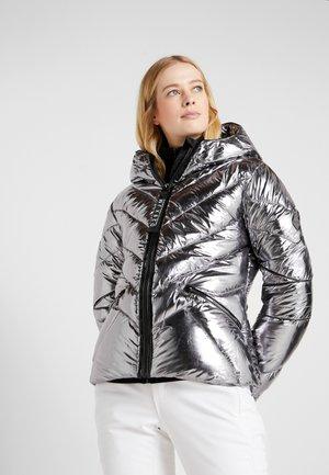 COUNTESS JACKET - Lyžařská bunda - chrome