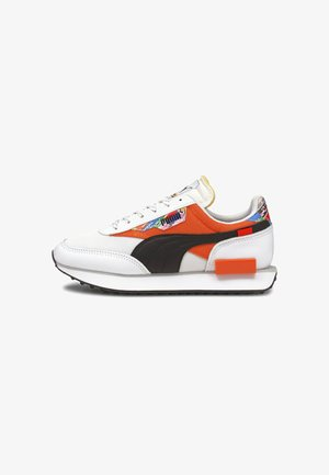 Sneakers laag - puma white-tigerlily