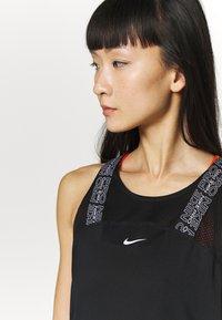 Nike Performance - W NP DRY ELSTK  - Sportshirt - black - 3