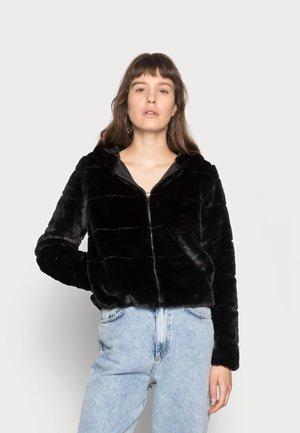 ONLCHRIS HOODED JACKET - Winter jacket - black