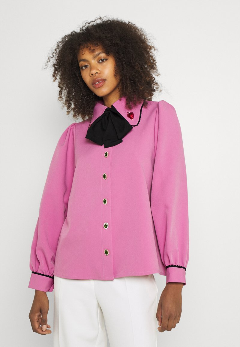 Sister Jane - GEM PLAYER BOW BLOUSE - Button-down blouse - pink