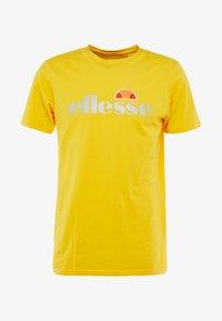 Ellesse - GINITI  - Printtipaita - yellow - 3