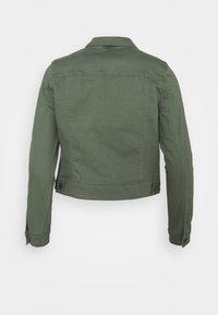 Vero Moda Petite - VMHOTSOYA JACKET  - Denim jacket - laurel wreath - 1