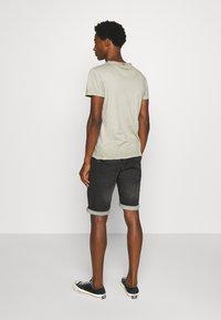 Petrol Industries - JEFFERSON - Denim shorts - black stone - 2