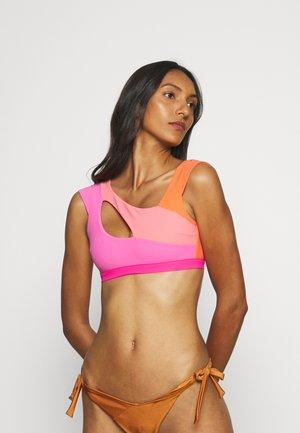 IZARO BRA  - Bikini top - pink