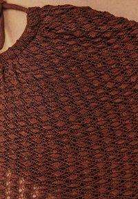 Bershka - Pantaloni - brown - 4