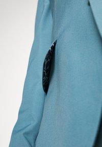 Isaac Dewhirst - PLAIN SUIT SET - Suit - turquoise - 12