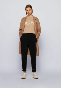 BOSS - EVINA ACTIVE - T-shirt con stampa - light brown - 1