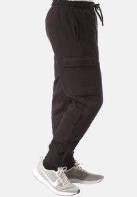 Nike Sportswear - CLUB PANT - Pantalones cargo - black - 3