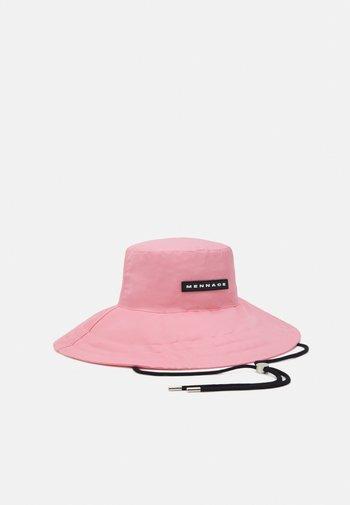 FISHERMAN HAT UNISEX - Hat - pink