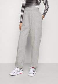 Nike Sportswear - Joggebukse - dark grey heather/matte silver/white - 0