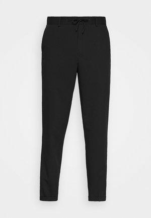 SLHSLIMTAPERED GUARD STRING PANTS  - Spodnie materiałowe - black