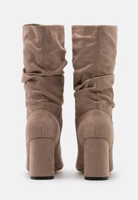 Dorothy Perkins Wide Fit - WIDE FIT BLOCK BOOT - Boots - taupe - 3