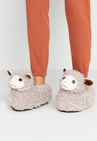 South Beach - LLAMA SLIPPERS - Pantoffels - grey - 0