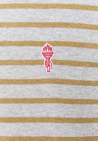 REVOLUTION - STRIPED - Print T-shirt - grey melange - 5