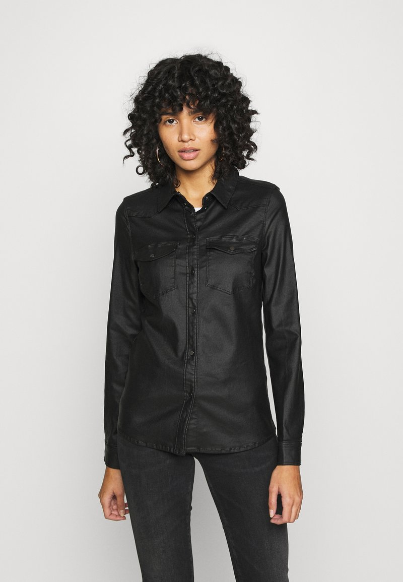 Vero Moda - VMMARIASLIM COATED SHIRT  - Button-down blouse - black