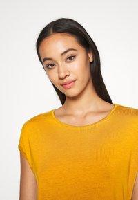Vero Moda - VMAVA PLAIN - T-shirt basic - buckthorn brown - 3