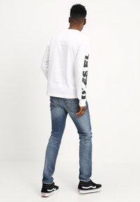 Diesel - THOMMER - Slim fit jeans - 0853p - 2