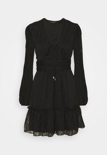 PETRA DRESS - Juhlamekko - jet black