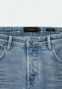 Massimo Dutti - MIT STRUKTURMUSTER - Slim fit jeans - blue/black denim - 3