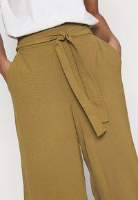 Vila - VIRASHA  - Trousers - butternut - 4