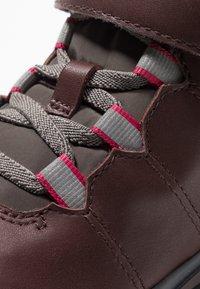 Camper - PEU PISTA KIDS - Kotníkové boty - brown - 2