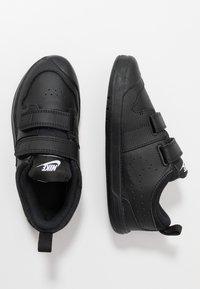 Nike Performance - PICO 5 UNISEX - Obuwie treningowe - black - 0