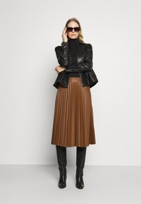 Carin Wester - INDOOR STANTON  - Faux leather jacket - black - 1