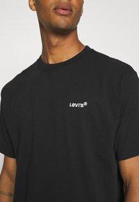Levi's® - TAB VINTAGE TEE UNISEX - T-shirt - bas - mineral black - 3