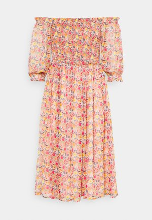 YOUNG LADIES DRESS - Day dress - ice cream pink