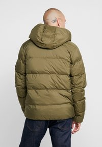 Calvin Klein Jeans - HOODED PUFFER - Down jacket - grape leaf - 2