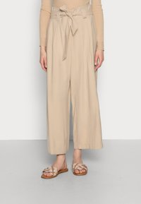 comma casual identity - Trousers - sand - 0