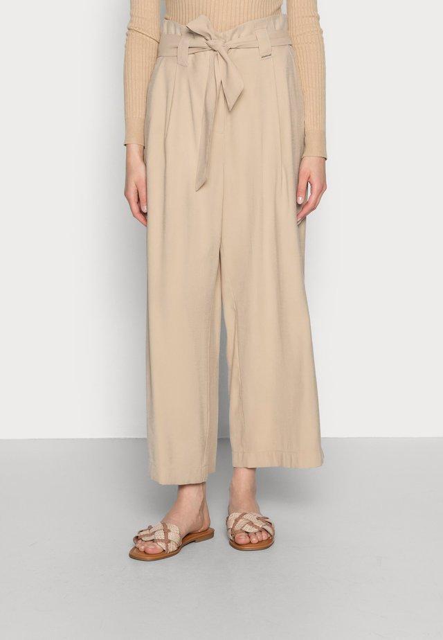 Pantalon classique - sand