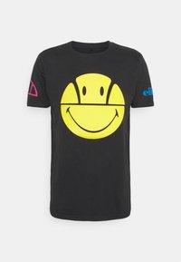 Ellesse - PLEASURO TEE  - Print T-shirt - dark grey - 0