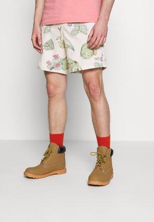 CREEKSIDE - Outdoor Shorts - beige