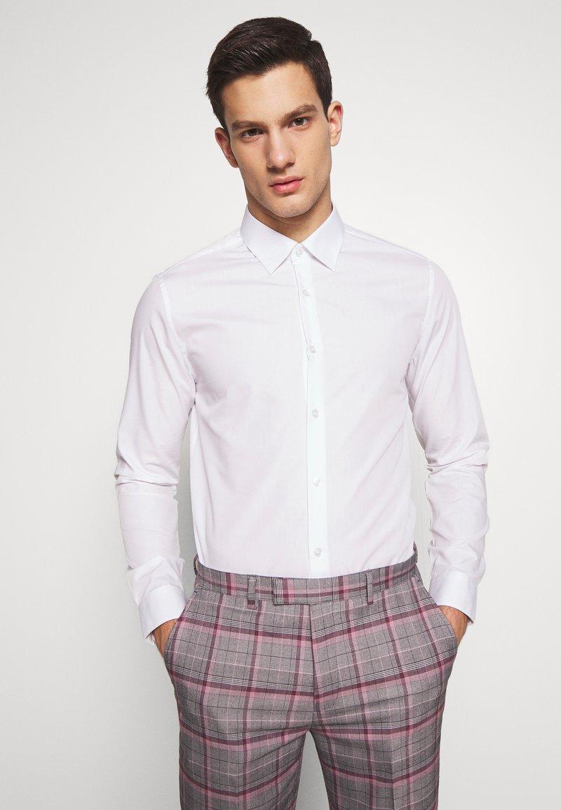 Burton Menswear London - 2 PACK - Formal shirt - pink