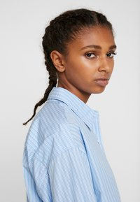 Levi's® - Button-down blouse - adelia stripe powder blue - 3