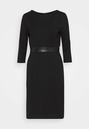 Shift dress - true black
