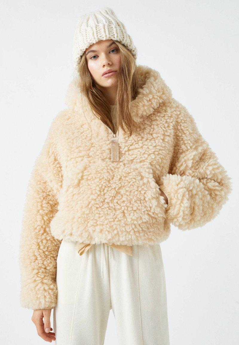 PULL&BEAR - Zimní bunda - beige