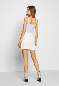 Missguided - POCKET SKIRT - Mini skirts  - ecru - 2