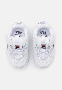 Fila - DISRUPTOR INFANTS UNISEX - Sneaker low - white - 3