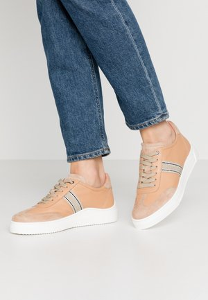 FELIU - Sneakersy niskie - natural