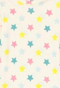 GAP - GIRL STAR SET  - Pijama - snowflake milk - 4
