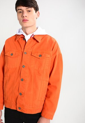 OVERSIZE FIT - Giacca di jeans - rust orange